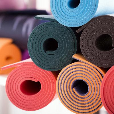 Tapetes de yoga para estúdio